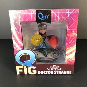 Quantum Mechanix Doctor Strange Vinyl Figure